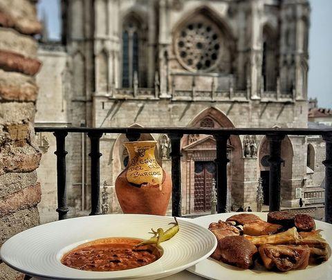 Cocidos con historia en Burgos entre Cucharas
