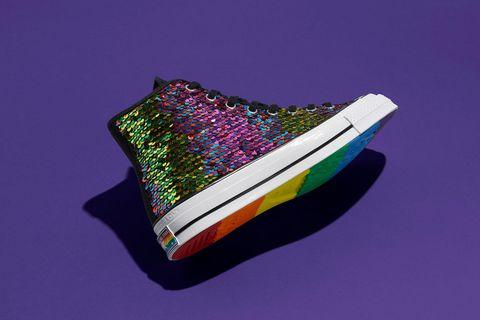 converse推出pride亮片帆布鞋
