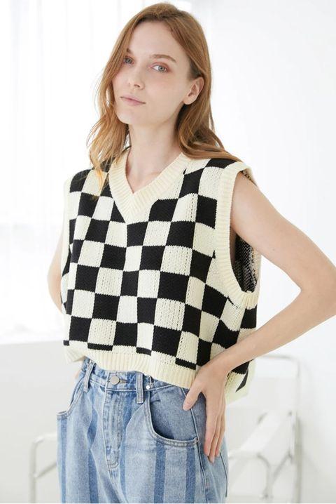 cady grid pattern vest