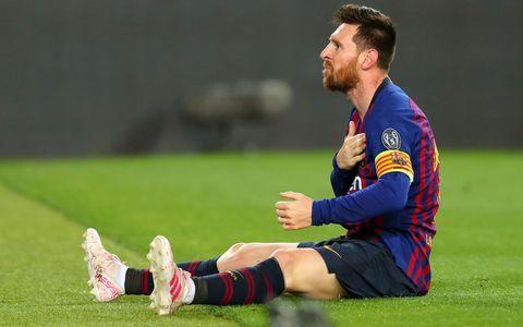 Messi se lamenta durante el partido de Liga de Campeones entre el Liverpool y el Barcelona.