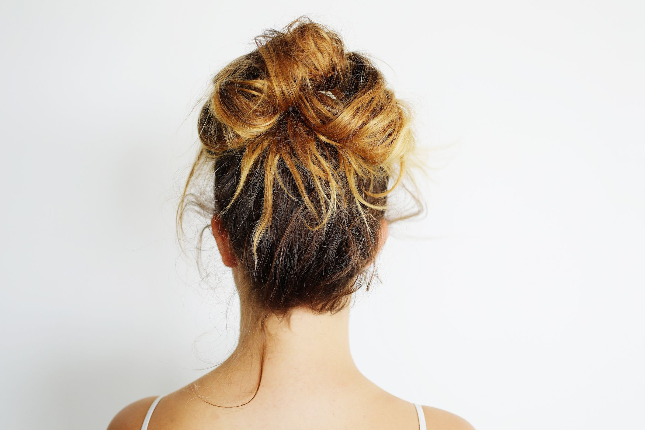 How To Do A Messy Bun Step By Step