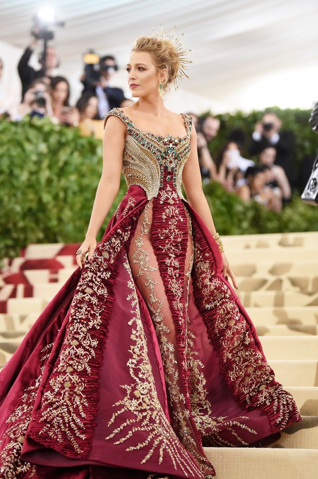 new york, ny   may 07  blake lively attends the heavenly bodies fashion  the catholic imagination costume institute gala at the metropolitan museum of art on may 7, 2018 in new york city  photo by jamie mccarthygetty images