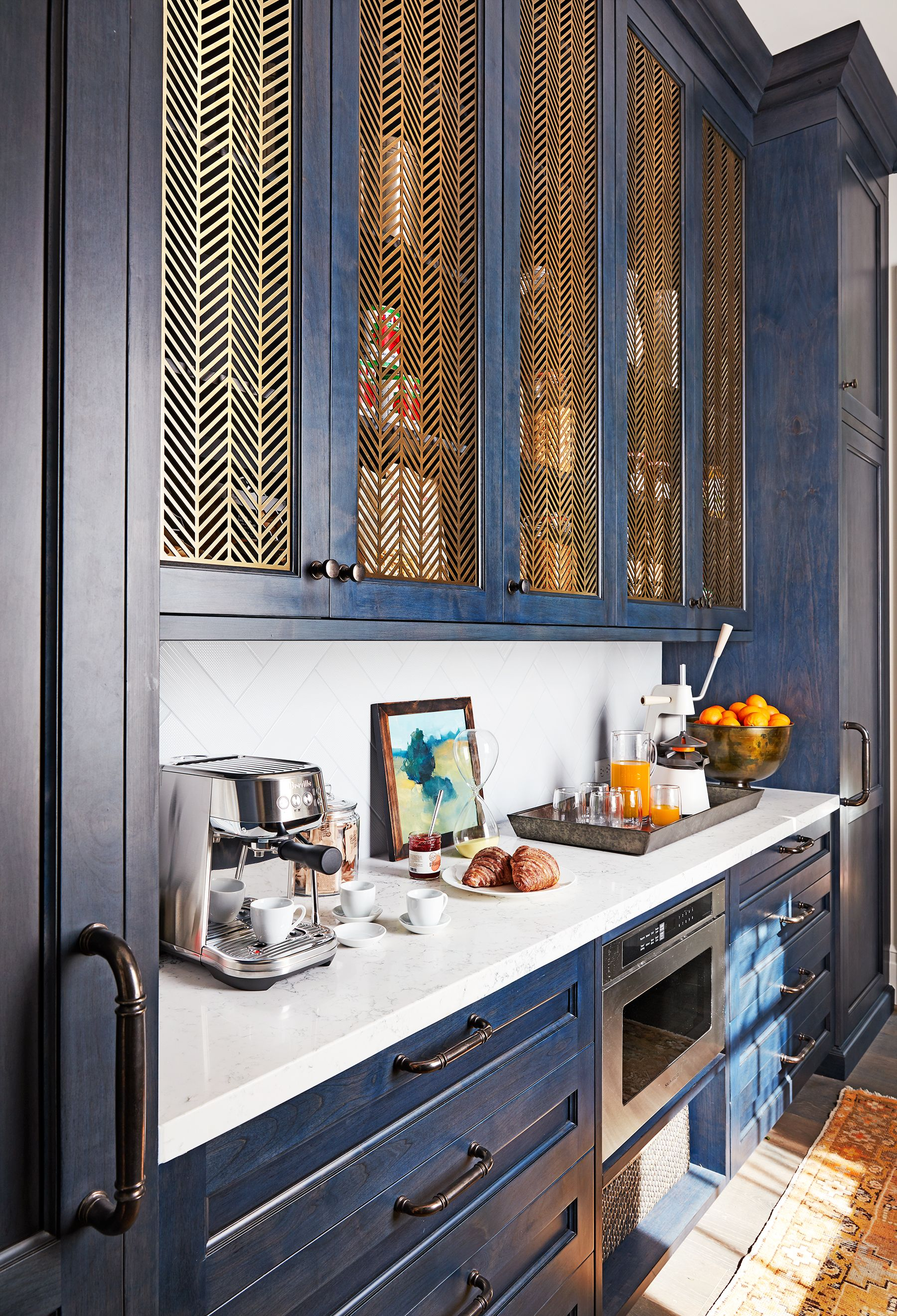 Metal Grate Cabinet Fronts Are Our Favorite Kitchen Trend