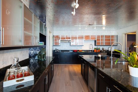 Countertop, Room, Kitchen, Property, Cabinetry, Furniture, Interior design, Building, Home, House,