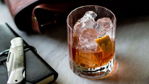 Drink, Alcohol, Ice cube, Alcoholic beverage, Distilled beverage, Old fashioned glass, Old fashioned, Liqueur, Godfather, Rusty nail,