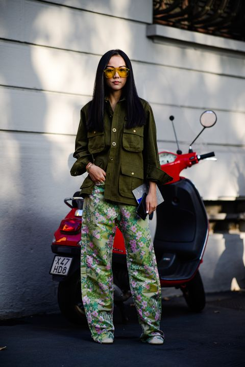 Street fashion, Fashion, Design, Camouflage, Photography, Jacket, Photo shoot, Pattern, Trousers, Sportswear,