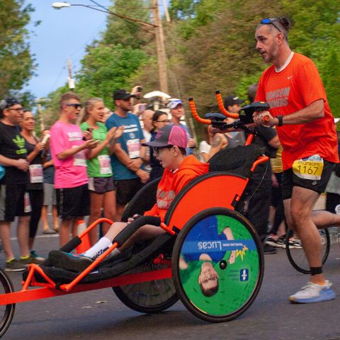 Marathon, Recreation, Long-distance running, Running, Vehicle, Physical fitness, Sports, Fun, Individual sports, Athlete,