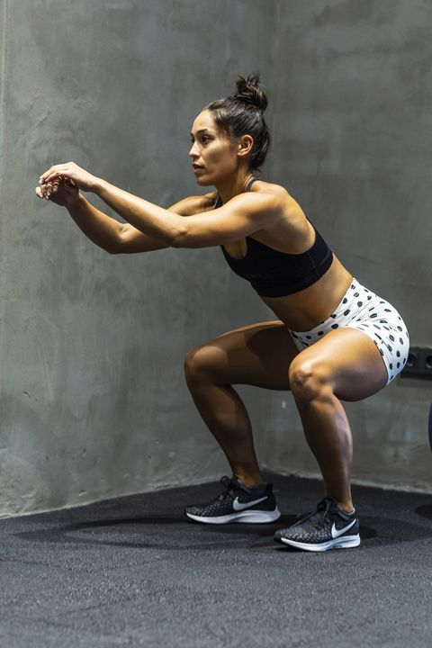 Human leg, Physical fitness, Shoulder, Strength training, Arm, Muscle, Leg, Joint, Standing, Fitness professional,