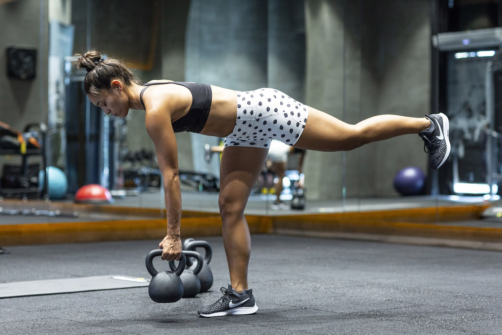 Give Your Legs Some Extra Attention With This Smart Circuit