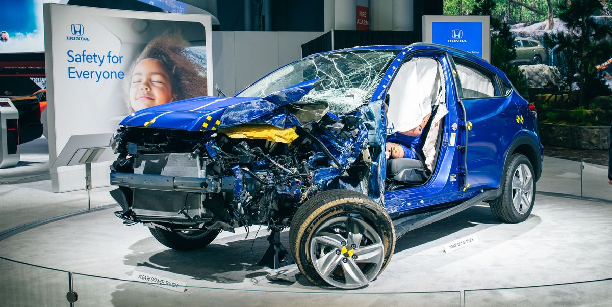 One Look at This Crash-Tested Honda HR-V, and You'll Be Glad Auto Safety Engineering Is So Advanced