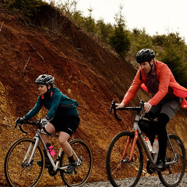 Land vehicle, Cycling, Cycle sport, Bicycle, Vehicle, Sports, Outdoor recreation, Cross-country cycling, Recreation, Mountain bike,