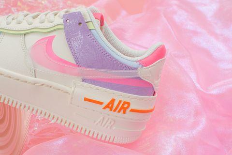 Nike Air Force透明配色搭配錯位設計更有質感