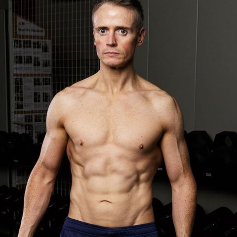 Barechested, Muscle, Bodybuilder, Abdomen, Chest, Bodybuilding, Model, Fitness professional, Shoulder, Cheek,