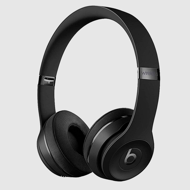 Headphones, Gadget, Headset, Audio equipment, Output device, Product, Audio accessory, Electronic device, Technology, Communication Device,