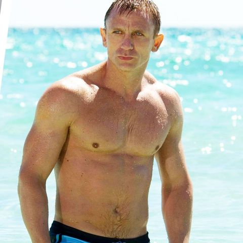 Barechested, Chest, Muscle, Abdomen, Trunk, Stomach, Model, Arm, Trunks, Swim brief,