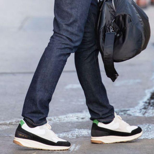 Jeans, Street fashion, Clothing, Sportswear, Footwear, Shoe, Fashion, Denim, sweatpant, Trousers,