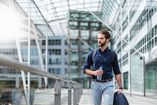 6 Experts On How To Keep Training When Travelling