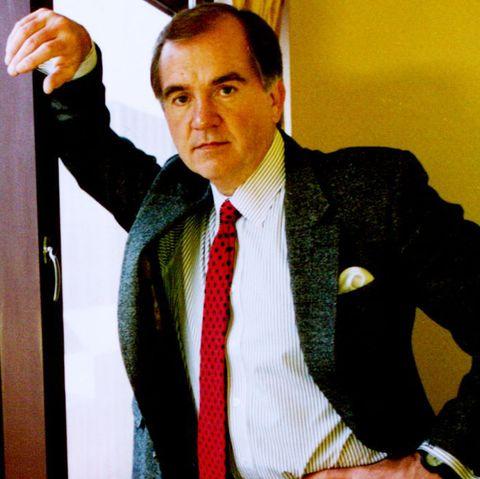 Suit, Tie, White-collar worker, Formal wear, Businessperson, Tuxedo, Blazer, Fashion accessory, Gesture,
