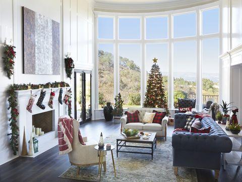 Living room, White, Room, Interior design, Furniture, Home, Property, Building, House, Christmas decoration,