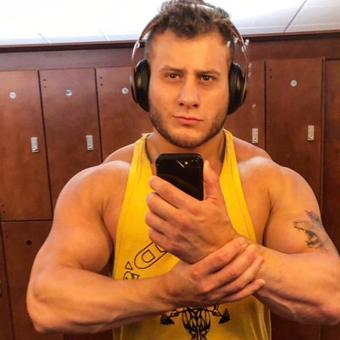 Barechested, Bodybuilder, Muscle, Arm, Chest, Abdomen, Bodybuilding, Professional boxer,