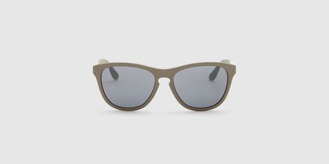 08288a7361 Designer Sunglasses for Men Are On Sale at Nordstrom Rack