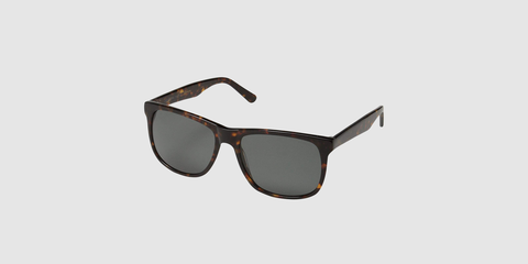 1a112515c83 These Obsidian Sunglasses for Men Are On Sale Right Now
