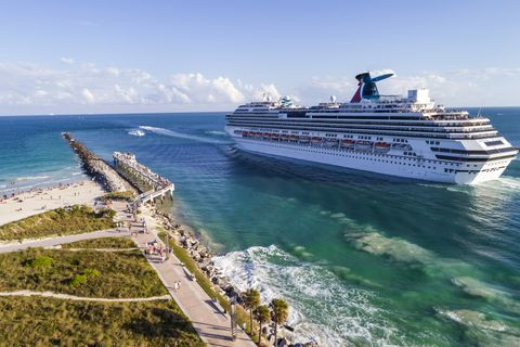 11 Things You Should Know Before Booking A Cruise This Summer