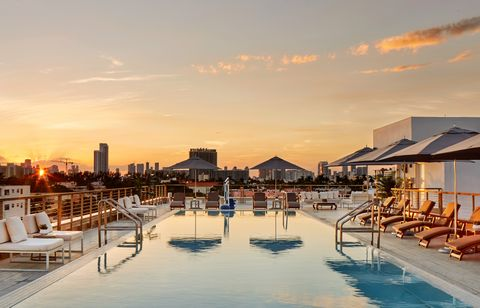 Sky, Swimming pool, Cloud, Morning, Real estate, Building, Evening, Architecture, Sunset, Vacation,