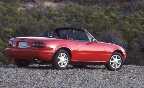 Mazda Mx 5 Miata Sports Car History From 1989 To Today