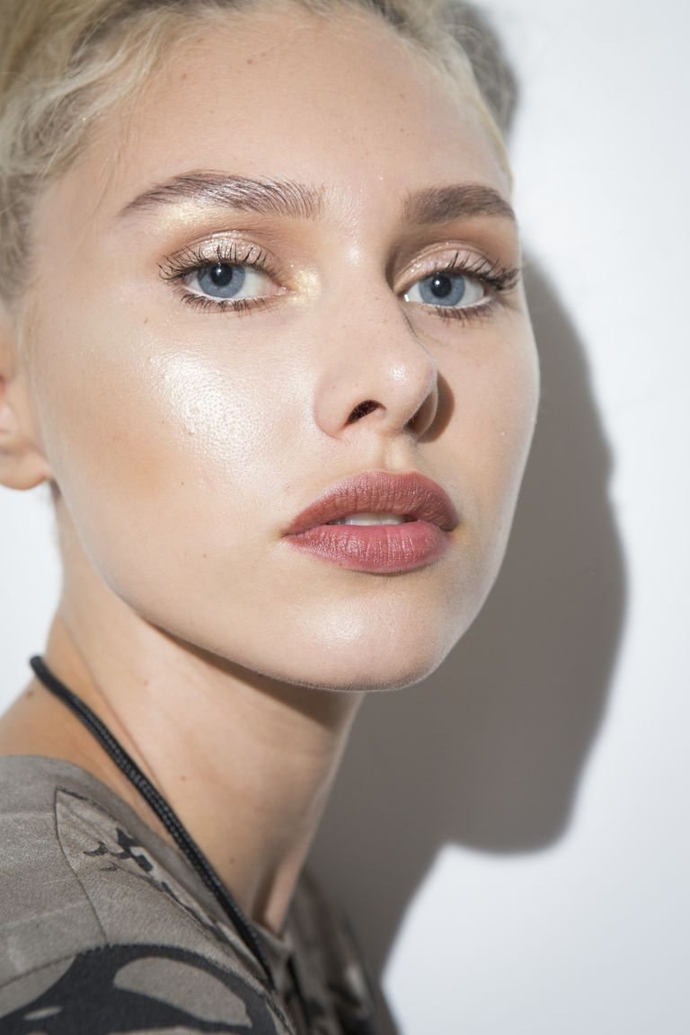 Spring 2018 Makeup Trends - Spring and Summer Beauty ...