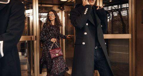Andreea Diaconu, Michael Kors, Whitney信封鍊帶包, 秋季系列, 紐約