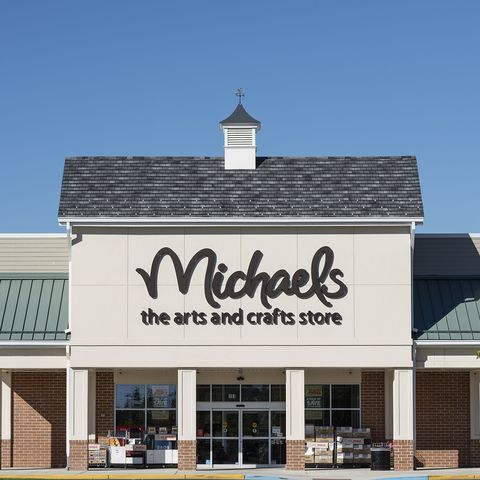 store open on Thanksgiving michaels