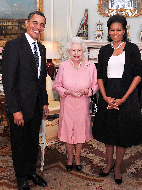Times the Royal Family Broke Royal Protocol - Royal Family Members ...
