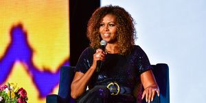 Michelle Obama parla di razzismo all'Obama Foundation Submit di Chicago