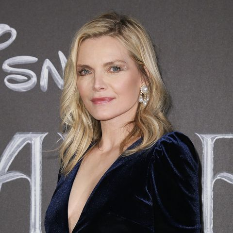 Michelle Pfeiffer Has Important Catwoman Advice For Zoe Kravitz