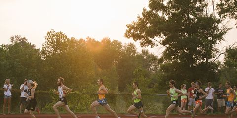 Clothing, Grass, Track and field athletics, Recreation, Endurance sports, Sport venue, Running, Race track, Athlete, Exercise,