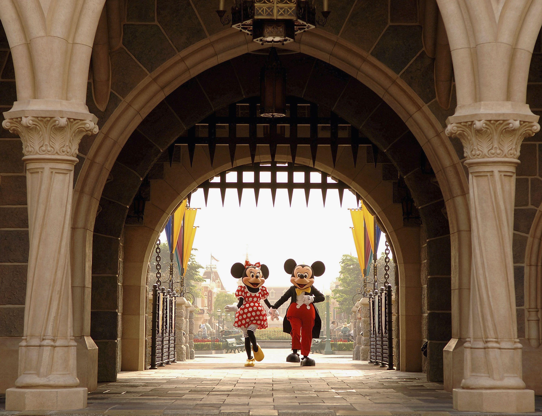 Disneyland: 10 misterios de sus parques de atracciones