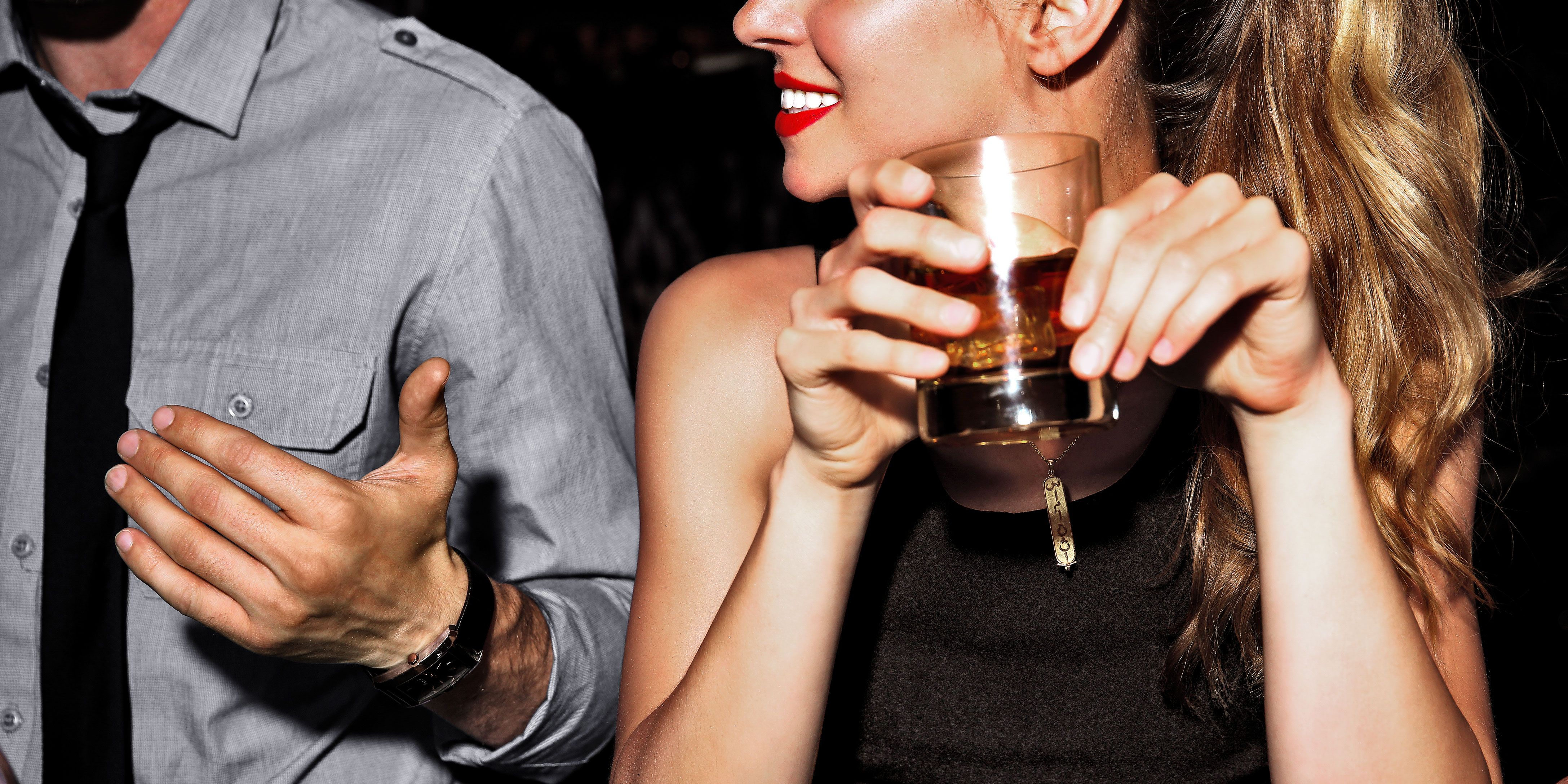 Here's How to Know If You're Micro-Cheating