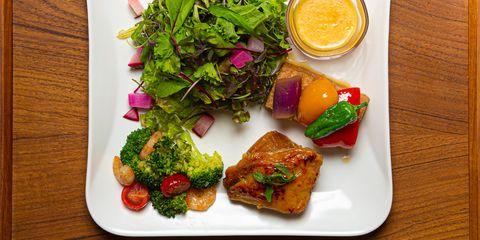 Food, Dish, Cuisine, Ingredient, Vegetarian food, Produce, Lunch, Meal, Vegetable, Garnish,