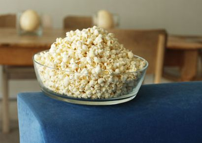 Popcorn, Kettle corn, Food, Cuisine, Ingredient, Recipe, Dish, Snack, Produce, Serveware,