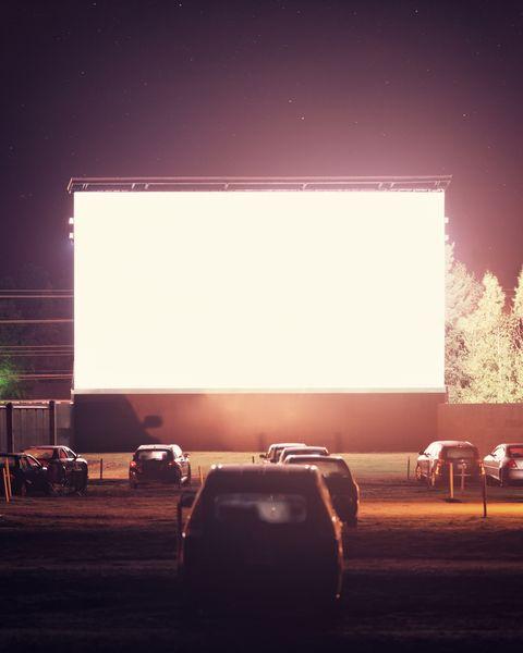 winter date ideas drive in movie theater