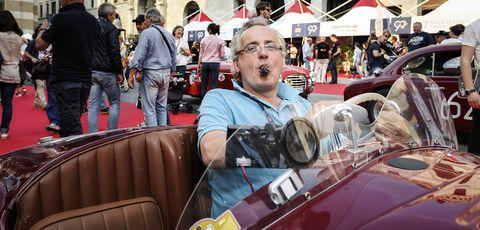Motor vehicle, Vintage car, Antique car, Classic, Vehicle, Classic car, Car, Event, Auto show, Crowd,