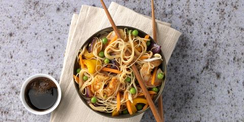 Cuisine, Food, Ingredient, Tableware, Chinese noodles, Dish, Noodle, Serveware, Recipe, Produce,