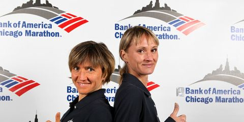 Irina Mikitenko and Liliya Shobukhova before the 2010 Chicago Marathon