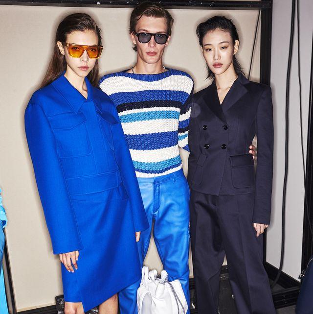 Cobalt blue, Blue, Clothing, Fashion, Electric blue, Fashion design, Shoulder, Fashion model, Event, Haute couture,