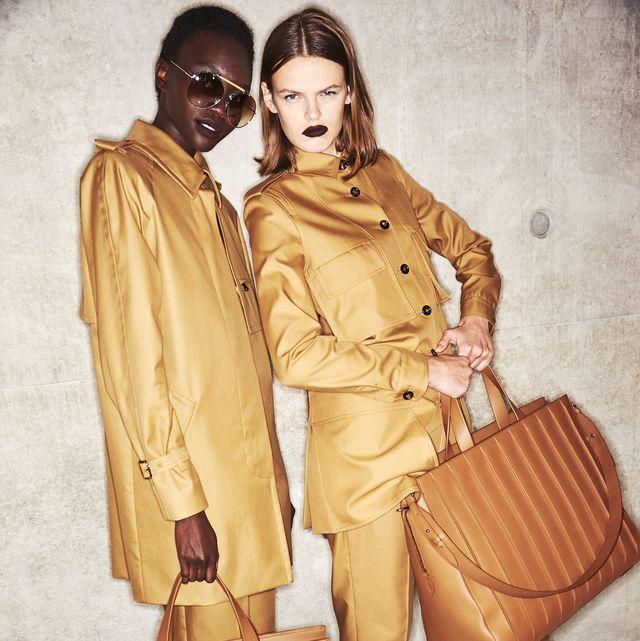 Bag, Fashion, Hand drum, Beige, Membranophone, Luggage and bags, Vintage clothing, Drum, Shoulder bag, Fashion design,