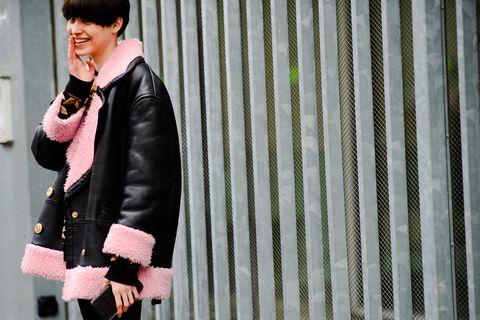 Pink, Street fashion, Clothing, Fashion, Leather, Leather jacket, Snapshot, Beauty, Blazer, Outerwear,