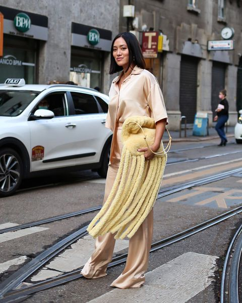 streetstyle look op milan fashion week door thomas razzano