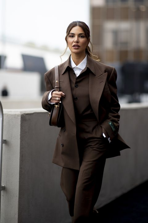 Suit, Clothing, Formal wear, Fashion, White-collar worker, Tuxedo, Brown, Snapshot, Street fashion, Outerwear,