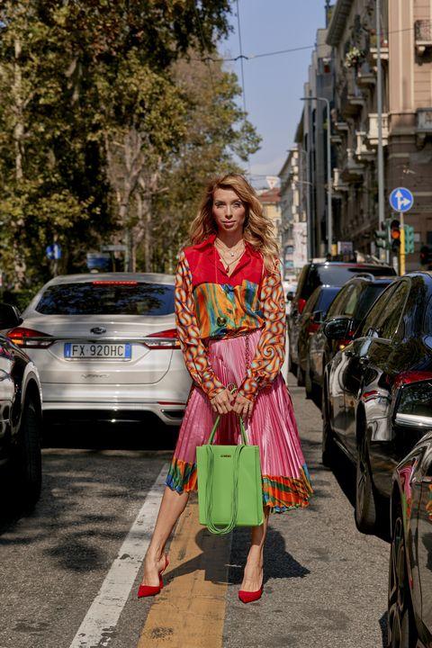 Street fashion, People, Clothing, Fashion, Street, Yellow, Snapshot, Urban area, Infrastructure, Vehicle,